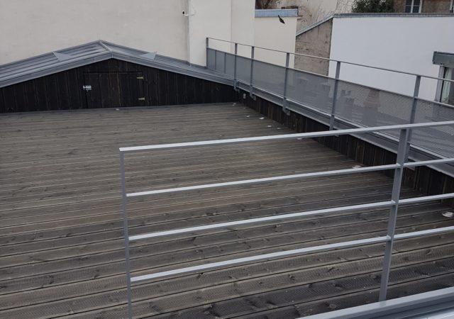 Création d'une terrasse sur le toit d'un immeuble Parisien (Paris 18ème)