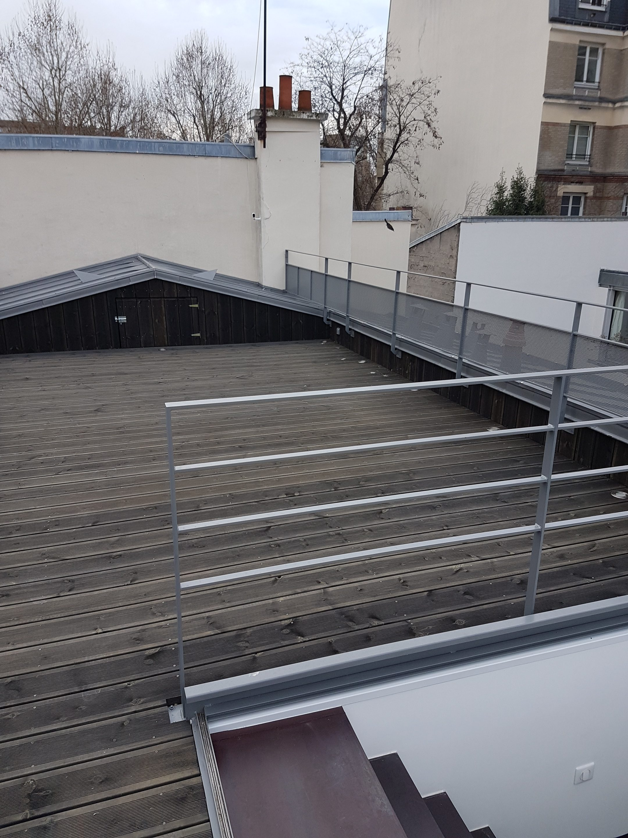 Creation D Une Terrasse Sur Le Toit D Un Immeuble Parisien Paris 18eme Abd Interior S Paris
