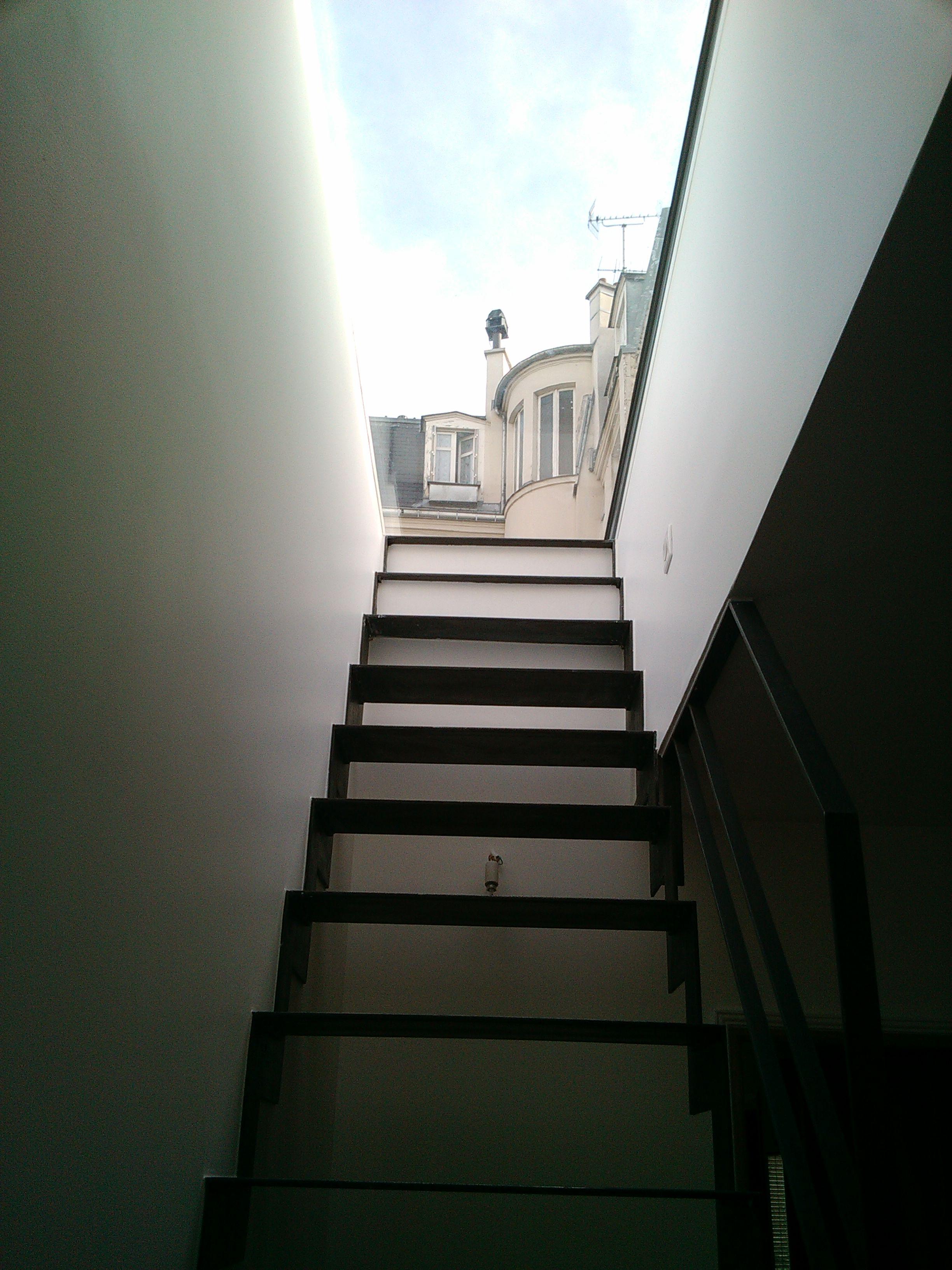 Creation D Une Terrasse Sur Le Toit D Un Immeuble Parisien Paris 18eme Abd Interior S Paris