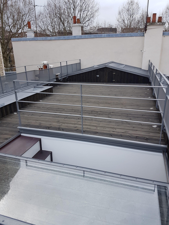 Picture of: Creation D Une Terrasse Sur Le Toit D Un Immeuble Parisien Paris 18eme Abd Interior S Paris